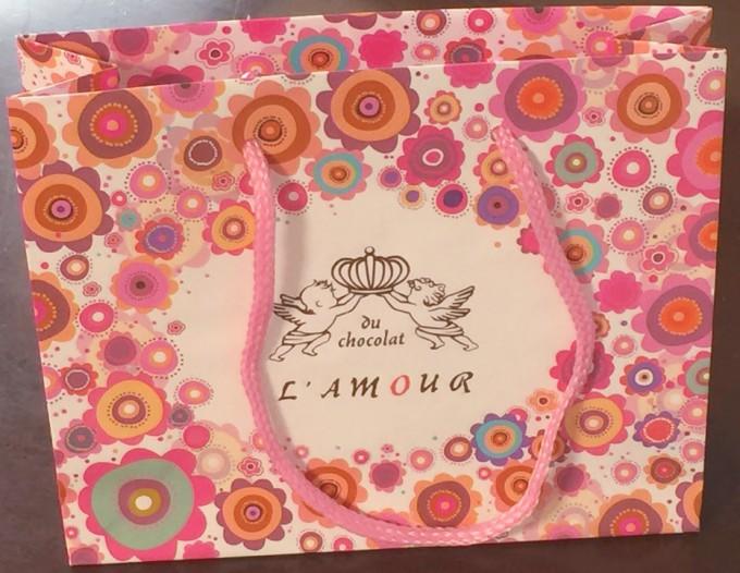 ラムールドゥショコラの紙袋