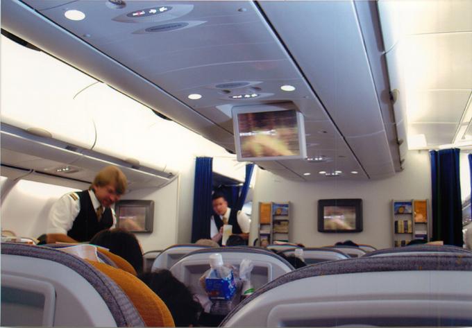 ルフトハンザドイツ航空 機内で上映の映画は日本語なし