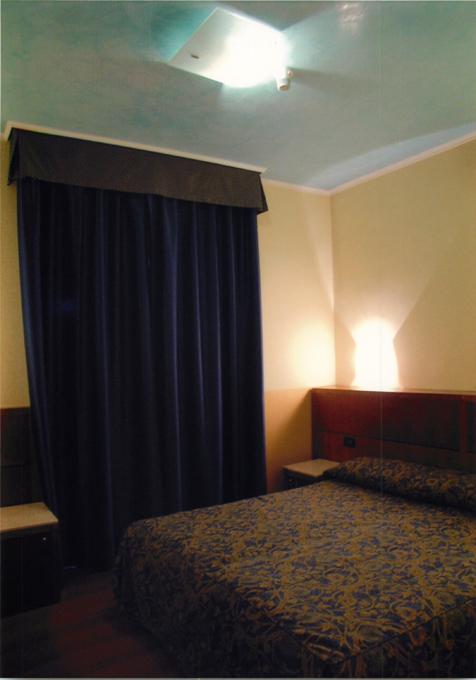 ベネチアのホテルドゥカーレの部屋