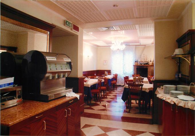 ベネチアのホテルドゥカーレの朝食